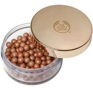 The body shop brush on bronze pearls